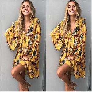 Dresses & Skirts - 🆕 Boho Floral Long Sleeve Mini Dress or Tunic